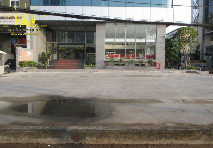 Phía trước EBM Building