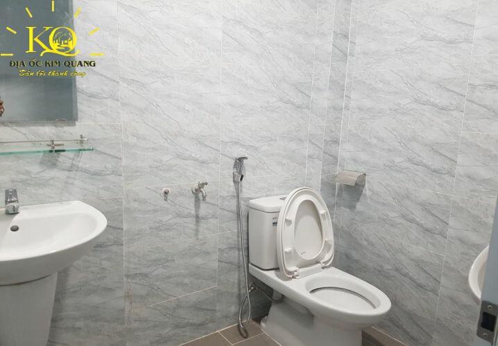 Toilet Nguyễn Thị Minh Khai Building