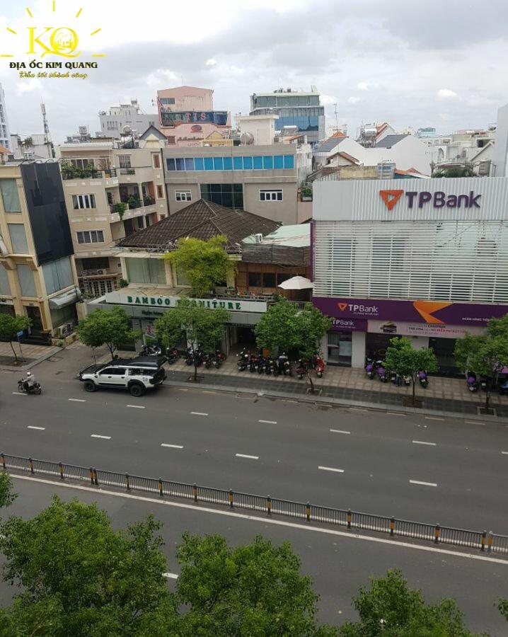 View nhìn từ Quốc Hưng Building