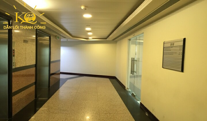 cho-thue-van-phong-hang-a-saigon-trade-center-10-hanh-lang-trong-toa-nha-dia-oc-kim-quang