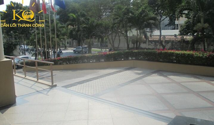 cho-thue-van-phong-quan-1-gia-re-central-plaza-13-khuon-vien-toa-nha-dia-oc-kim-quang