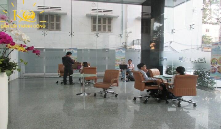 cho-thue-van-phong-quan-1-nguyen-kim-building-4-khu-vuc-tiep-khach-dia-oc-kim-quang