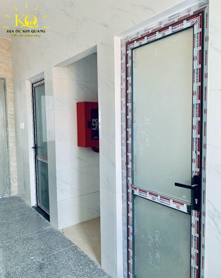 cho-thue-van-phong-quan-2-office-so-30-9-toilet-dia-oc-kim-quang