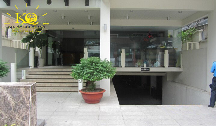 cho-thue-van-phong-quan-3-dhouse-building-1-phia-truoc-toa-nha-dia-oc-kim-quang