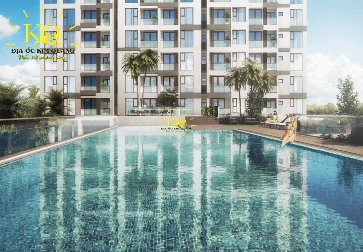 Hồ bơi tại tòa nhà Ascent Plaza
