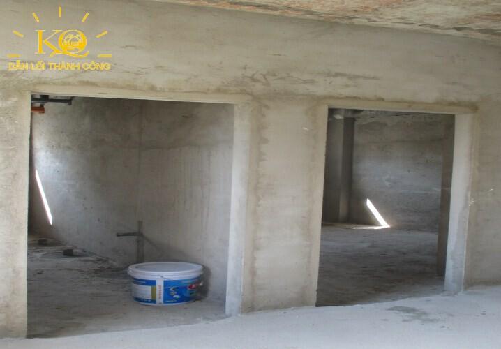 dia-oc-kim-quang-cho-thue-nguyen-toa-nha-quan-2-tran-nao-building-4-hinh-chup-toilet