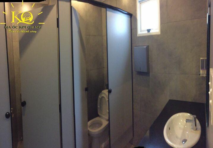 dia-oc-kim-quang-cho-thue-nguyen-toa-nha-van-phong-khu-san-bay-quan-tan-binh-idd-2-building-7-toilet