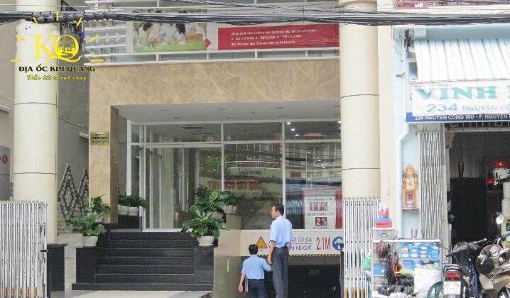 Phía trước tòa nhà Artex Saigon Building