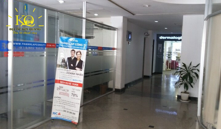 Hành lang tòa nhà Mai Sơn building