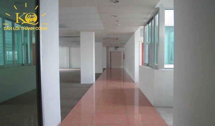 Hành lang tại tòa nhà Norch Building