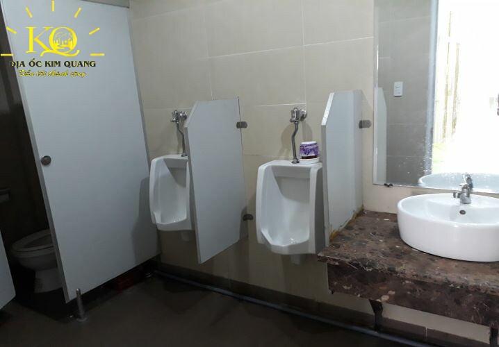 dia-oc-kim-quang-cho-thue-van-phong-quan-1-pasteur-building-9-toilet