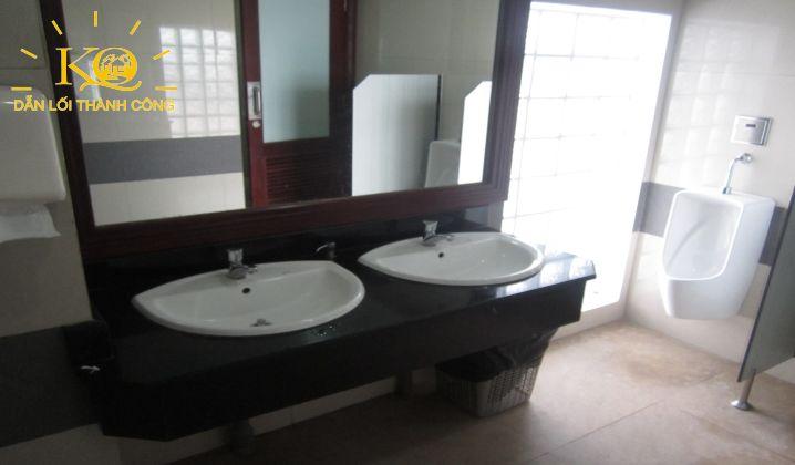 dia-oc-kim-quang-cho-thue-van-phong-quan-1-rosana-tower-7-restroom