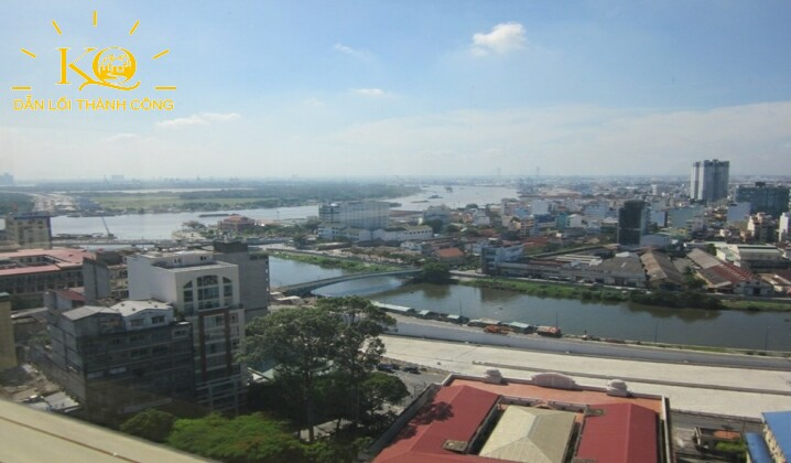 Một hướng nhìn ra sông từ TNR Tower