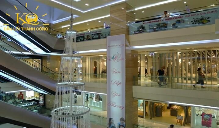Trung tâm thương mại tại tòa nhà Vincom Center
