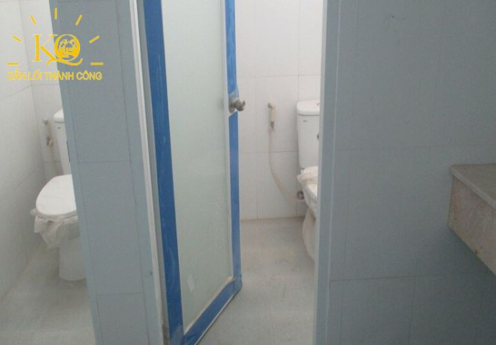 dia-oc-kim-quang-cho-thue-van-phong-quan-binh-thanh-duong-ung-van-khiem-6-toilet