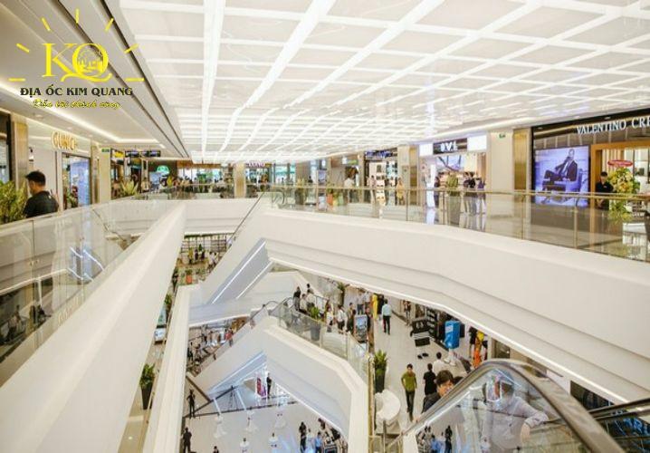 Trung tâm thương mại tại tòa nhà Landmark 81