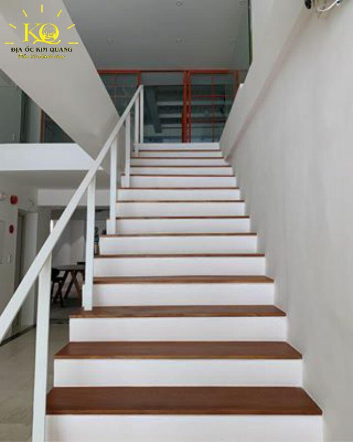 dia-oc-kim-quang-cho-thue-van-phong-tron-goi-wnw-building-4-thang-bo