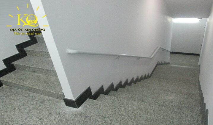 dia-oc-kim-quang-van-phong-cho-thue-quan-3-vgr-building-10-loi-thang-bo
