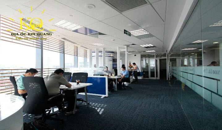 Một văn phòng đang cho thuê tại Bitexco Financial Tower