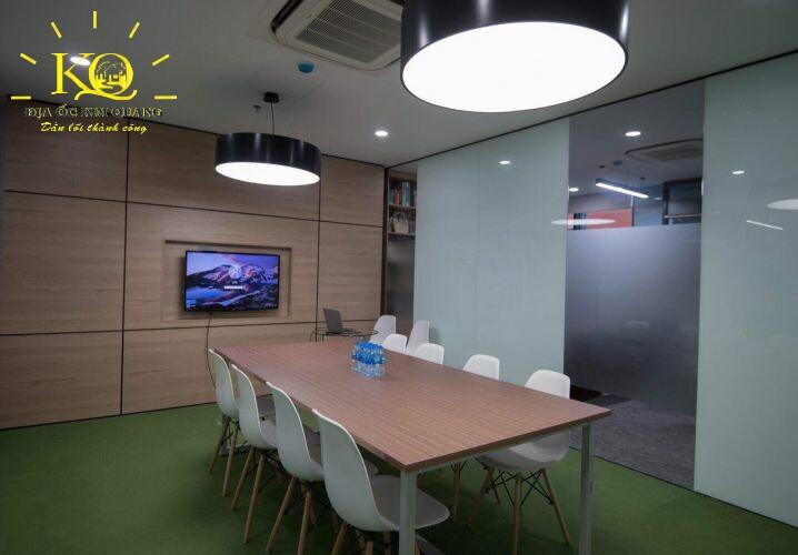 Địa ốc Kim Quang Cho thuê văn phòng quận 7 Officespot PMH phòng họp