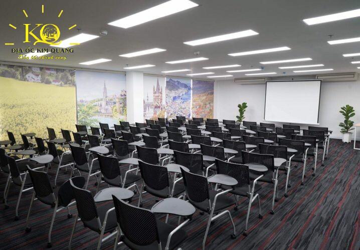Địa ốc Kim Quang Cho thuê văn phòng quận 7 Officespot PMH phòng hội thảo