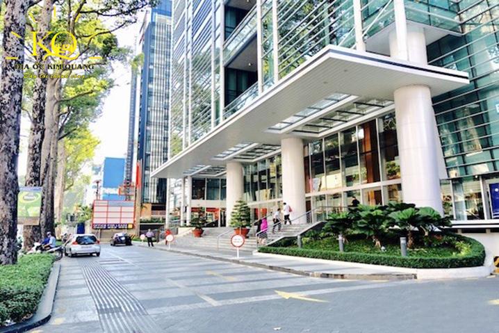 Phía trước Báo Sài Gòn Giải Phóng Building