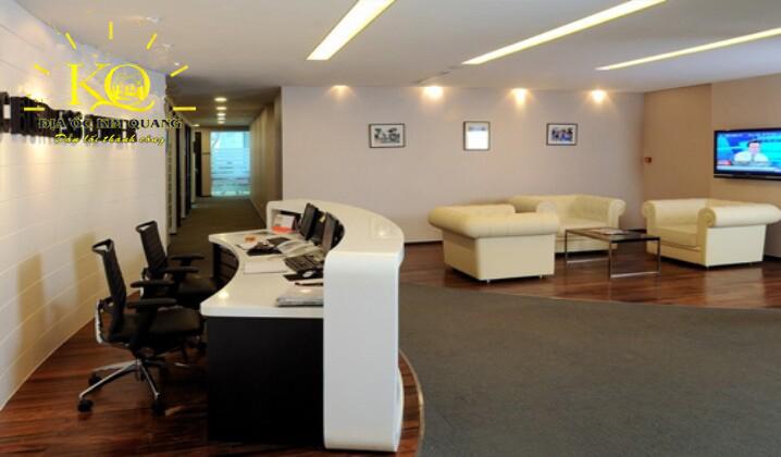 Khu vực tiếp tân tại tòa nhà cho thuê văn phòng quận 3 Centec Tower