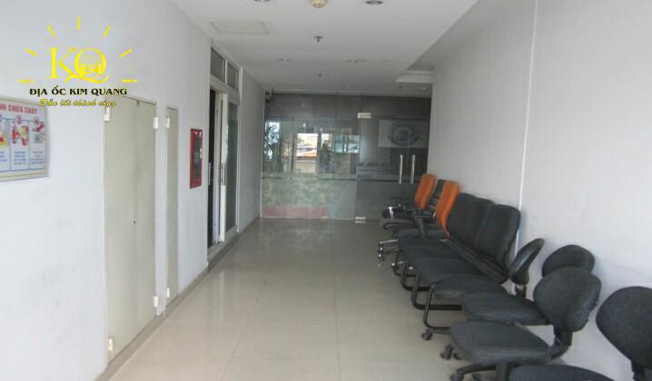 Hành lang tại tòa nhà Sông Đà Tower
