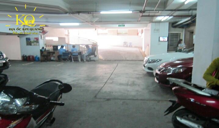 Hầm gửi xe tại tòa nhà Sông Đà Tower