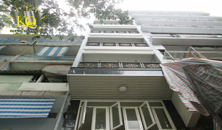 https://chothuevanphonghcm.com/kcfinder/upload//images/van-phong-cho-thue-winhome-building-toan-canh-toa-nha.jpg
