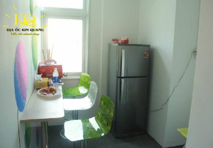 van-phong-tron-goi-loyal-office-building-6-pantry-dia-oc-kim-quang