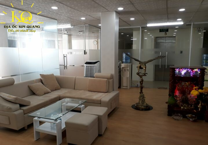 Khu vực tiếp khách tại tầng 5 Pasteur Building