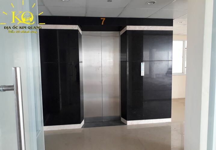 Thang máy tại Pasteur Building