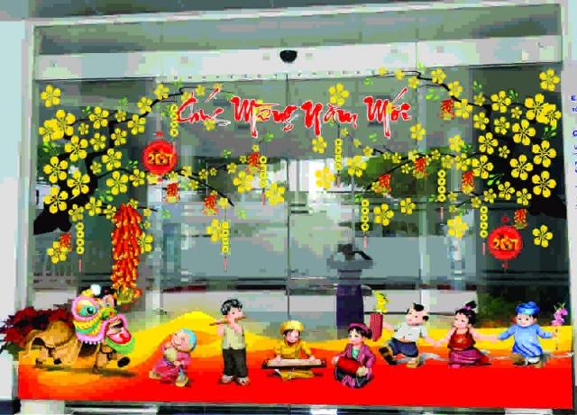 trang trí hoa văn dán lên cửa kính đón tết
